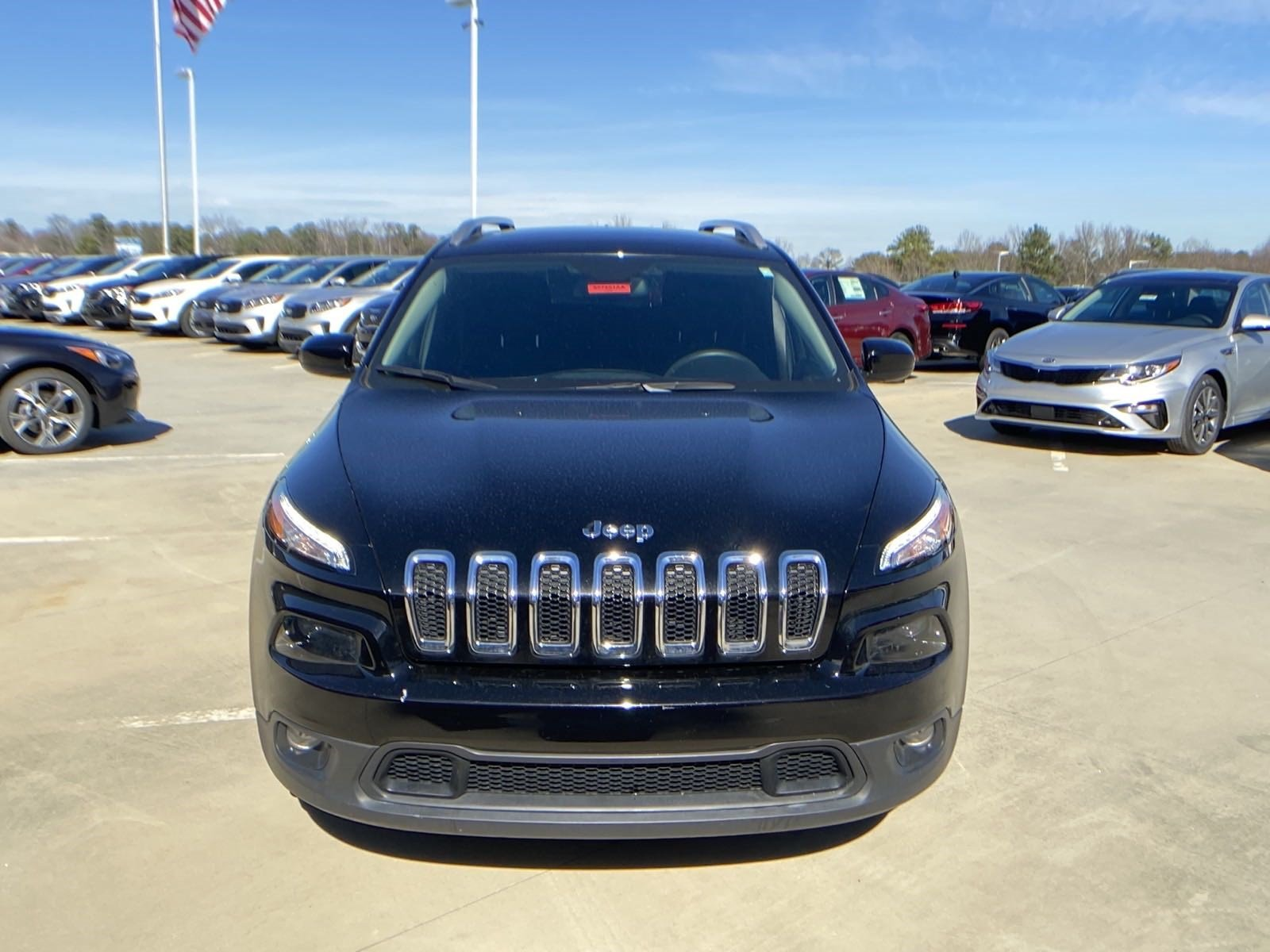 Pre-Owned 2017 Jeep Cherokee
