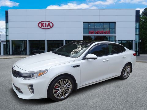 Pre-Owned 2016 Kia Optima SXL Turbo With Navigation