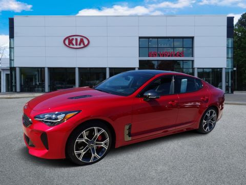 Pre-Owned 2018 Kia Stinger GT2 With Navigation