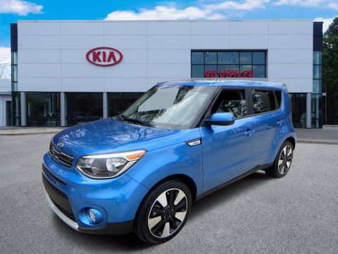 Pre-Owned 2019 Kia Soul + FWD Hatchback