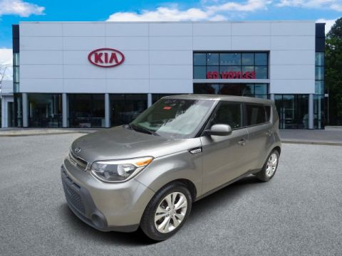 Pre-Owned 2015 Kia Soul + FWD Hatchback